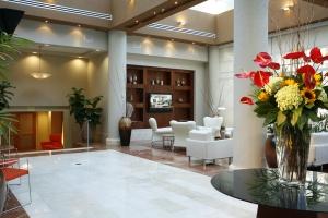 Doubletree- lobby