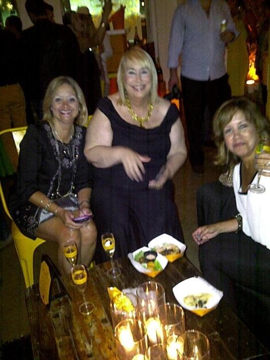 Amanda Diaz, Matilde Cordova y Lupe Vazquez