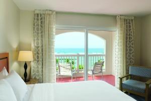 E Suites Dorado Suite King