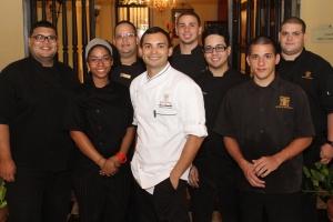 Chef Luis Castillo y su Equipo de Trabajo