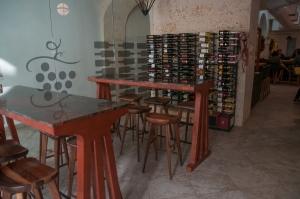 La Boutique Du Vini - San Juan-Entrada