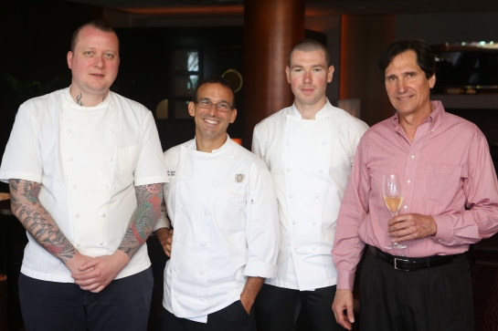 Chefs Walker Stern, Juan Jose Cuevas y Joseph Ogrodneck y Ron Wiegand
