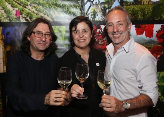 Jose Felicisimo, Cristina Alcala y Paco de Juan en Bar Gitano